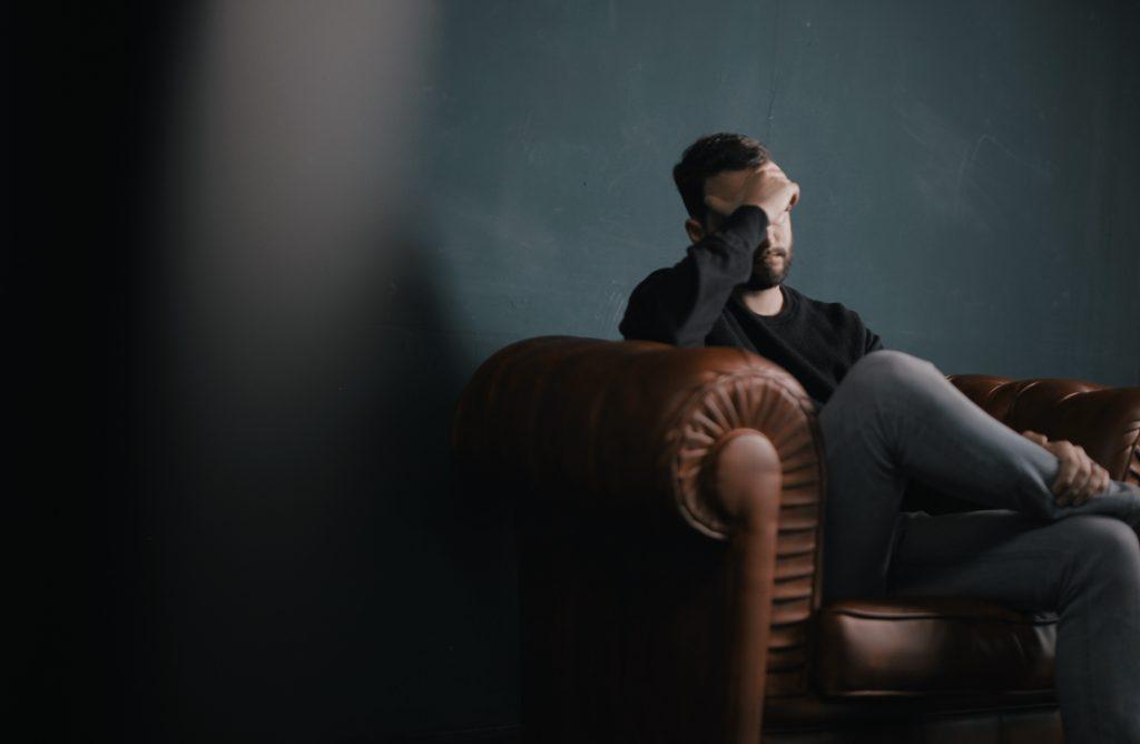 sufrimiento, Consejos para escritores: ¿cómo utilizar el sufrimiento como herramienta narrativa?