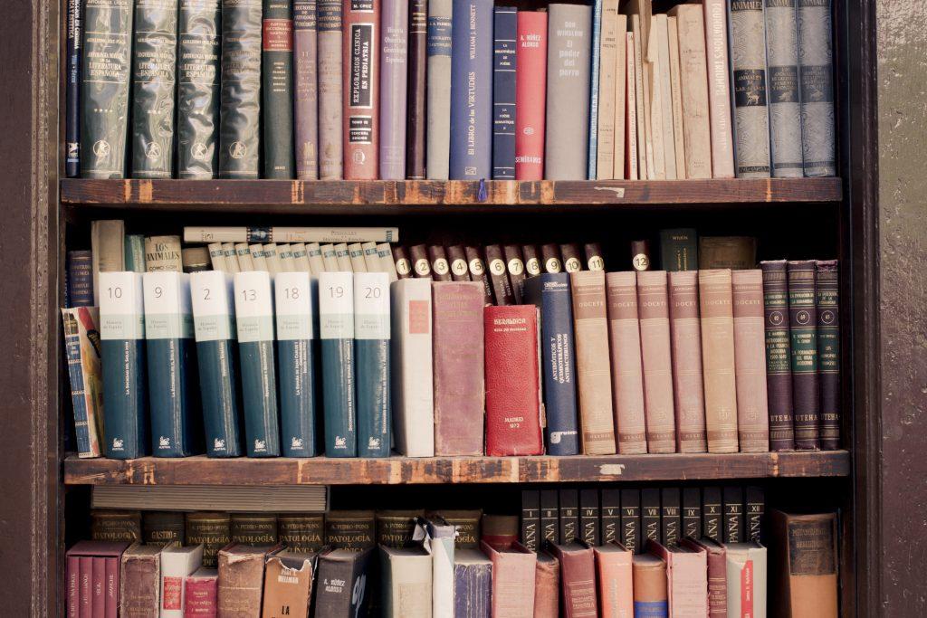 clásicos, 10 clásicos que tienes que leer si quieres convertirte en un escritor profesional