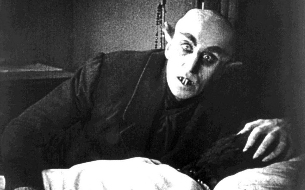 vampiro, Analicemos monstruos: El vampiro